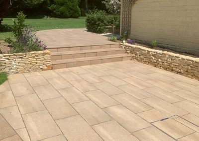Driveway installation of paving with integrated drain cover cotswolds