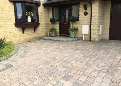 Driveway intallation with paving and cotswold stone