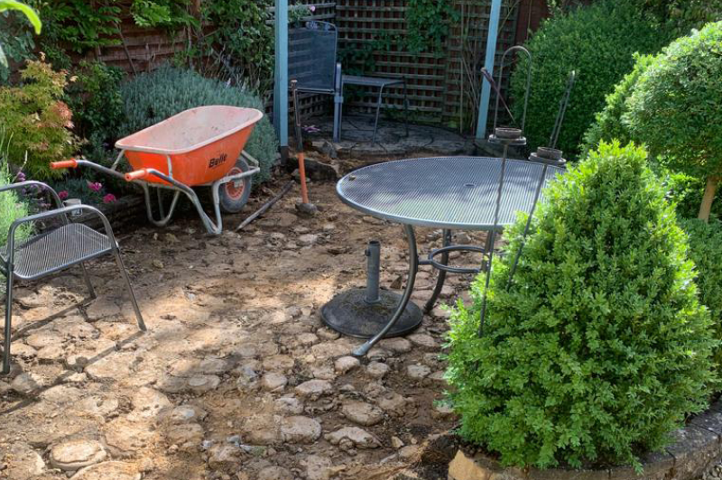 starting of a patio and landscape project in the cotswolds 2
